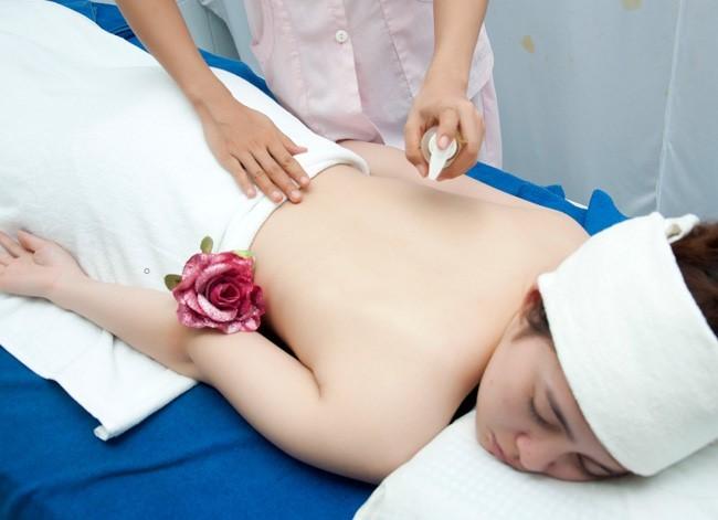 Học Nghề Thẩm Mỹ Ở Đâu - Massage Toàn Thân
