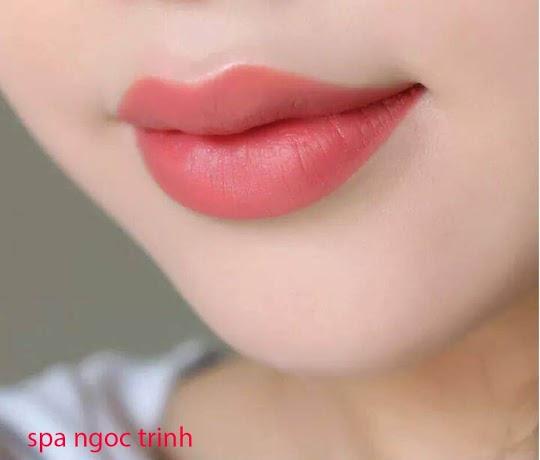 Phun môi Collagen Công nghệ  Màu Mực Nhật Bản
